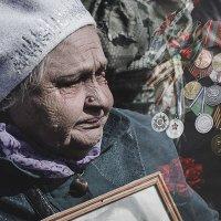 День Победы — это счастье, за которым годы страданий. :: Алексей Хоноруин