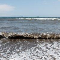 Японское море после очередного тайфуна. :: Alexander Markov