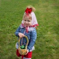 девочка с  Пасхальной открытки :: Мария Корнилова