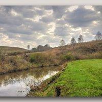 Весенняя полянка на берегу речки :: gregory `