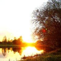 Закат на реке Вилия :: Петр Соленков