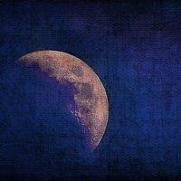 vit5  moon :: Vitaly Faiv
