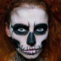 скелет :: Ванда Азарова