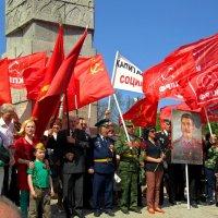 Под знамёнами кПРФ :: Сергей Карачин