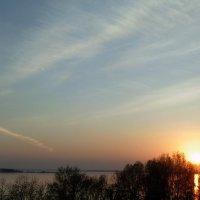 Закат над Обью в мае. :: Мила Бовкун