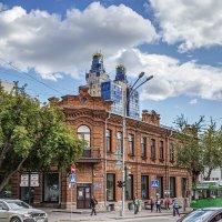 Дом купца Крюкова... :: Сергей Смоляков