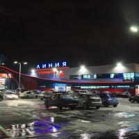 Вечерний шопинг :: Леонид Железнов