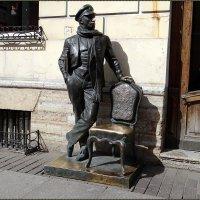 Памятник Остапу Бендеру :: Вера