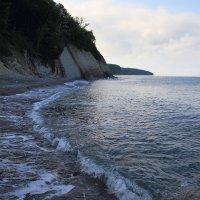 Майское утро, пляж после шторма :: Леонид