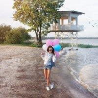 Счастье – это просто… чувствовать, мечтать…  Счастье – это просто… позволь душе летать… :: Райская птица Бородина
