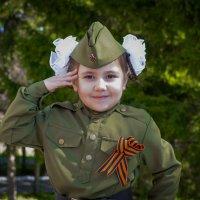 С Праздником! :: Владимир Батурин