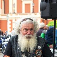 Байкер - это не возраст, а состояние души!!! :: Леонид Соболев