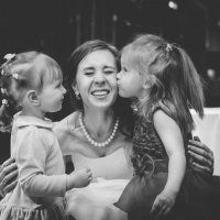 Люблю такие милые свадебные моменты. Свадьба Сергея и Мариии 08.05.2016. :: Вячеслав Линьков