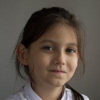 Школьница :: Динара Жантуарова