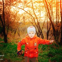 Детство – это та счастливая пора, когда бежишь ночью из туалета и радуешься, что тебя не съели. :: Наталья Александрова