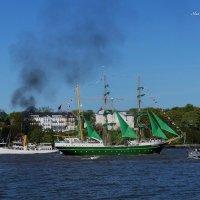 Bark ALEXANDER VON HUMBOLDT II. Hamburg :: Nina Yudicheva