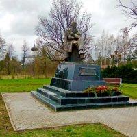 Памятник Ф.М. Достоевскому в Старой Руссе :: vitarmar иванов