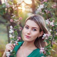 Яблоня :: Кристина Дмитриева