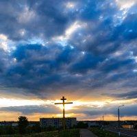 Сгущались тучи на закате Собою солнце закрывали... :: Анатолий Клепешнёв