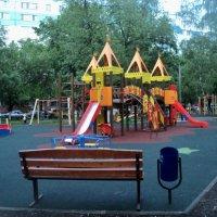 Детские площадки в Подмосковном городе Люберцы! :: Ольга Кривых