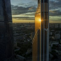 Солнечный блик :: Аркадий Беляков