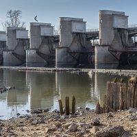 Перервинская плотина, г. Москва :: Борис Гольдберг