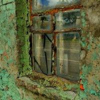 такое-вот окно в жилом доме... :: Александр Прокудин