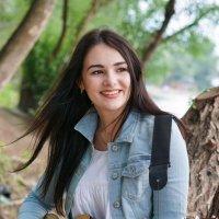 Девушка с гитарой :: Андрей Майоров