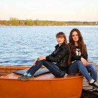 Две подружки :: Александра Ермолова