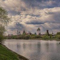 Живописный вид на Кремль :: Алексей Соминский