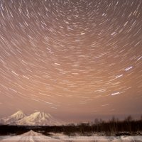Вид на Домашние ночью. Звездный трек :: Ivan Kozlov