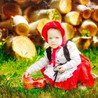 Красная шапочка :: Надежда Мальцева/Хабарова