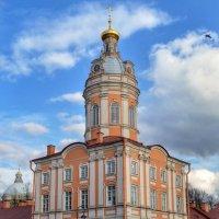 Ризничная (северо-западная) башня :: Галина Galyazlatotsvet