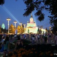 праздник задержался на ночь :: Олег Лукьянов