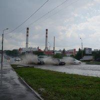 дождь, дороги, транспорт :: Olga Grebennikova