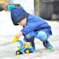 Мальчик с трактором ! :: Ян Катокджан