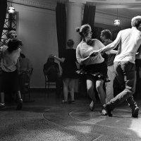 Танцуй пока молодой! :: Елена Васильева