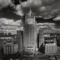 Министерство :: Юрий Клёнов