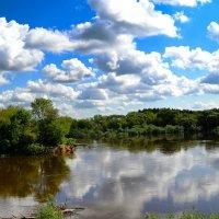 Плывут облака над рекой :: Милешкин Владимир Алексеевич
