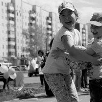 Очень весело на празднике! :: Валентина Налетова