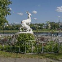"Скульптура ""Олени"" в парке на набережной Михаила Ярославича. Тверь. :: Михаил (Skipper A.M.)"