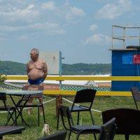 во Владивостоке открыт пляжный сезон :: Sofia Rakitskaia