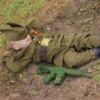 Солдат спит служба идет :: Юра Овсянкин