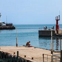 Утро рыбака на маяках :: Юрий Яловенко