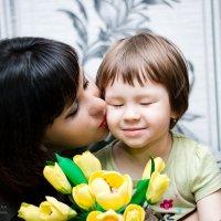 Любите своих детей! Они пахнут счастьем. :: Оксана Романова