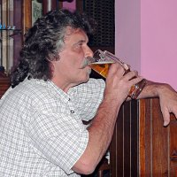 10-летний юбилей первого в Алма-Ате ирландского пивного паба Mad Murphys, 16.09.2007г. :: Асылбек Айманов