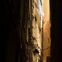 Переулок :: Дмитрий Близнюченко