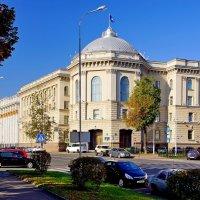 Здание Исполнительного комитета СНГ в Минске :: Денис Кораблёв