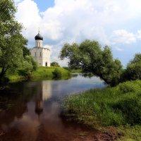 Покрова на Нерли :: Larisa Ulanova