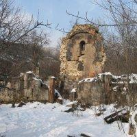 Церковь Св. Аствацацин-1207 год-Арзакан :: Volodya Grigoryan